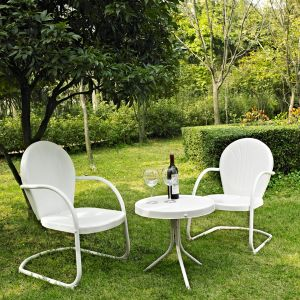 Crosley Furniture - Griffith 3 Piece Metal Outdoor Conversation Seating Set - Two Chairs in White Finish with Side Table in White Finish - KO10004WH