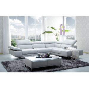 J&M Furniture - 1717 Italian Leather Sectional Right Hand Facing - 178571-RHFC