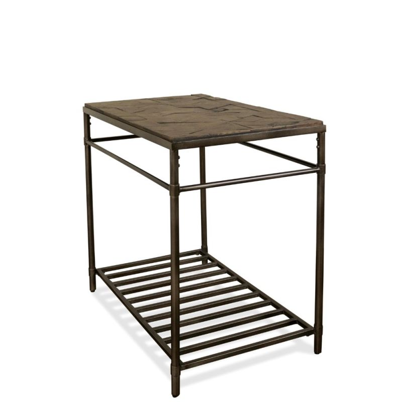 Hillcrest Chairside Table, Riverside Furniture Chairside Table