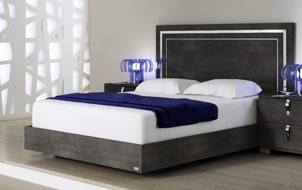 Athome Usa Sarah Queen Size Bed In, What Is A Queen Size Bed Usa